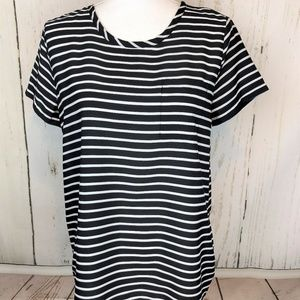 💰2 for $20 Old Navy Striped Chiffon Loose Tee